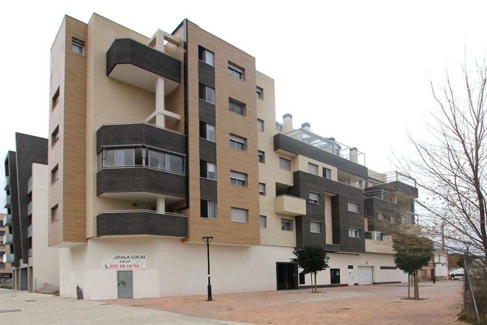 Edificio 14 viviendas Génesis